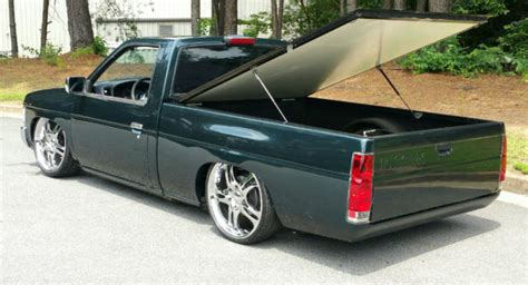 custom nissan hardbody lowrider hydraulic system pickup truck hardbody nissan