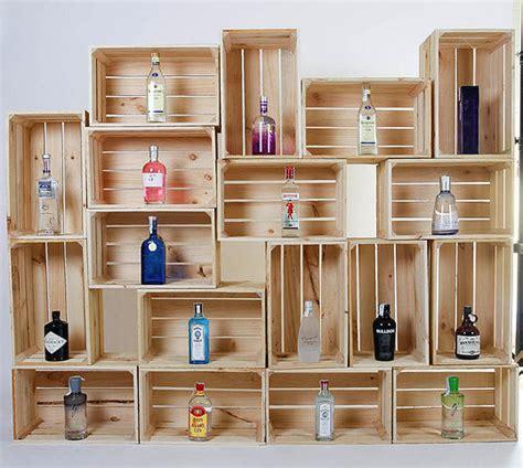 alacena con cajas de madera imagen escaparates ideas y ejemplos pinterest
