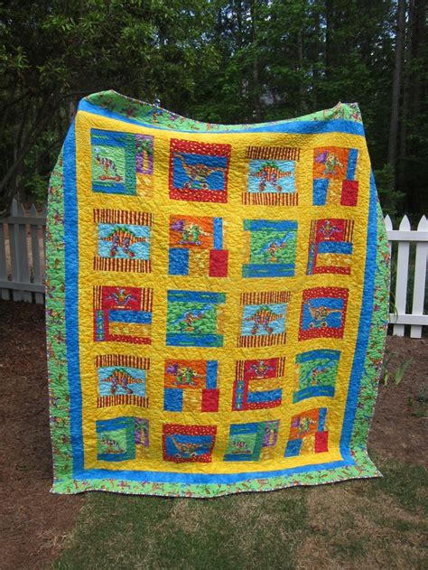 Dinosaur Quilt by 17 Best Images About Dinosaur Quilts On