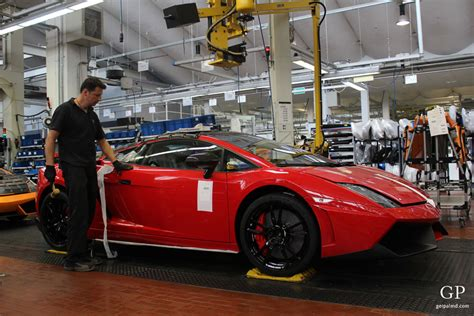 lamborghini factory inside the lamborghini factory of aventador