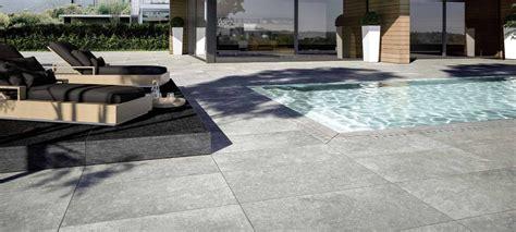 piastrelle per terrazzi esterni pavimenti per esterni piastrelle gres porcellanato marazzi