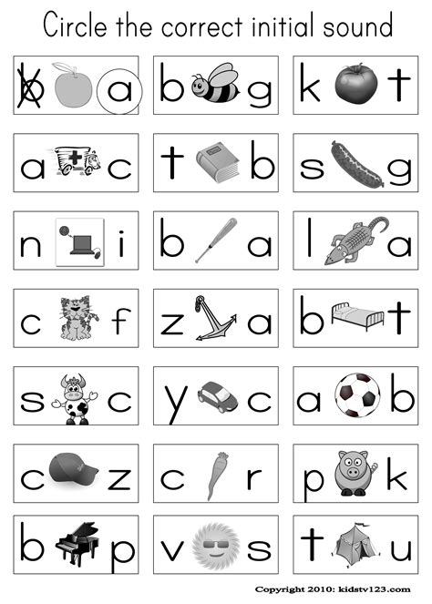 english alphabet worksheet for kindergarten activity have pictures on their sheet and when i say the word in