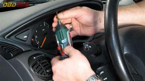 manual repair autos 2005 ford focus instrument cluster how to remove a ford focus instrument cluster hd youtube