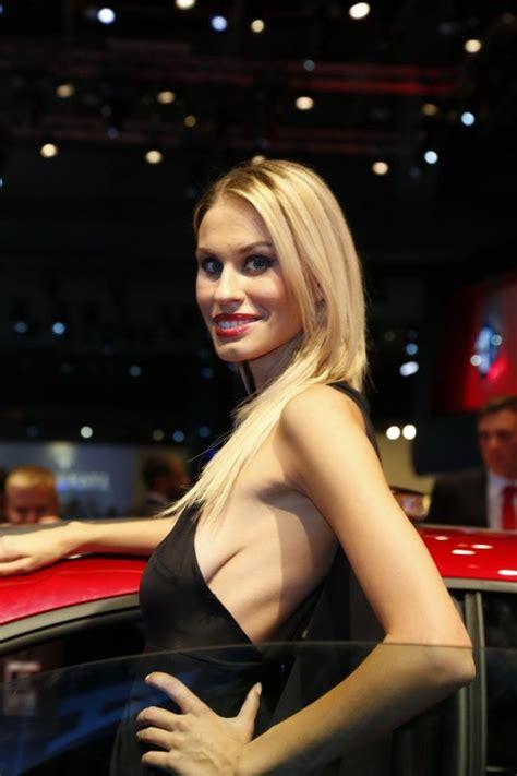 The 2012 Paris Motor Show Car Show Girls (Gallery