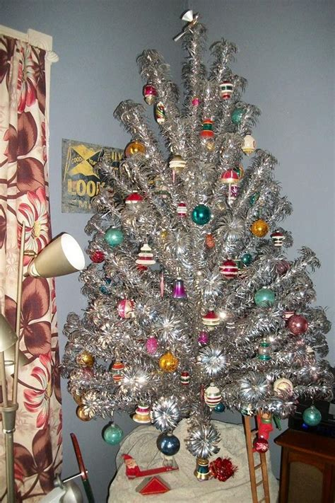 who to make a christmas tree from old tires best 25 vintage trees ideas on vintage aluminum tree