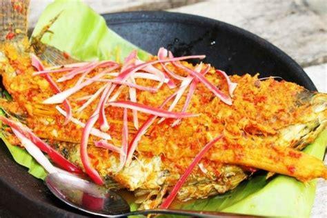 makanan unik khas sumatera utara  spageti ala batak nih