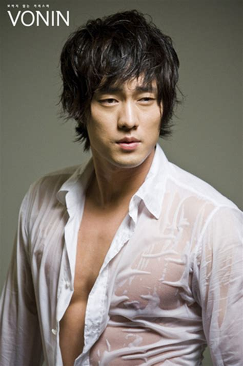 so ji sub then and now sojisub world a peaceful world from the solitary