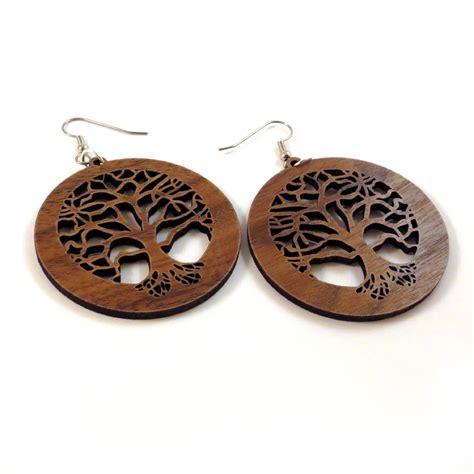 wood earring tree of sustainable wooden earrings in walnut