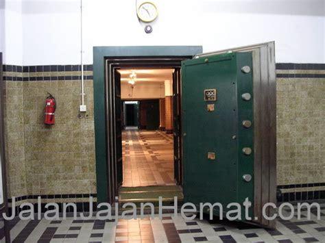 Safety Box Di Bank Mandiri museum bank mandiri jakarta jalan jajan hemat