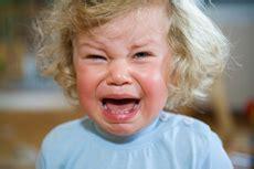 baby weint im schlaf wachstumsschub tabelle des babys rundumskinderzimmer de