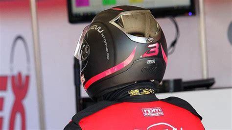 reevu motorcycle helmet  heads  display