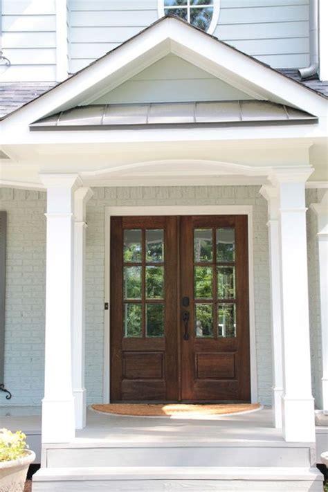 Exterior Farmhouse Doors De 25 Bedste Id 233 Er Inden For Wood Front Doors P 229 Pinterest
