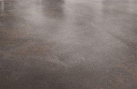 kuche iserlohn vinylboden kuche fliesenoptik raum und m 246 beldesign