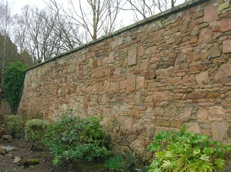 File Eglinton Walled Garden Wall Jpg Gardens Walls