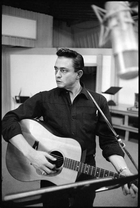play acoustic guitar like johnny cash country guitar johnny cash just cool pinterest