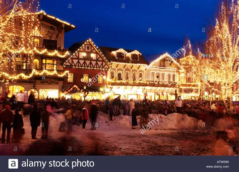 leavenworth christmas lighting festival leavenworth washington city lit up with christmas lights