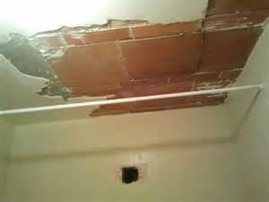 rattrapage en pl 226 tre sur plafond en briques ejmplatrerie