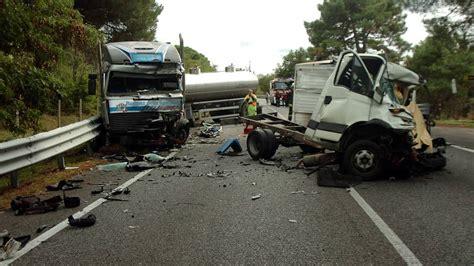 cronaca porto viro scontro tra autocisterna e furgone due morti sulla romea