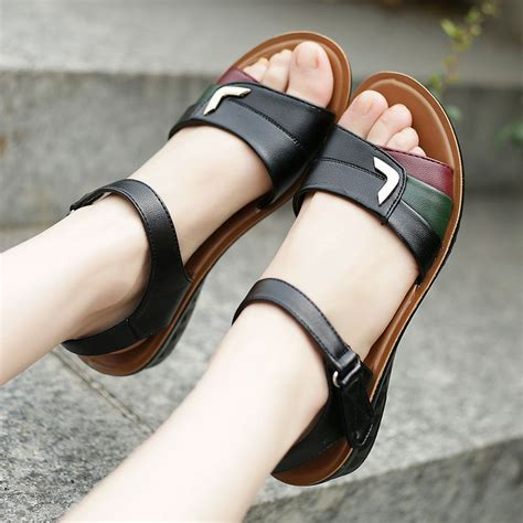 stylish shoes for older women 2016 summer fashion mother comfortable shoes with flat