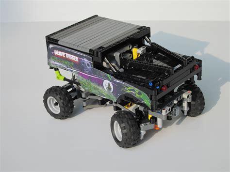 grave digger mini monster truck go brickshelf gallery a mini model of grave digger monster