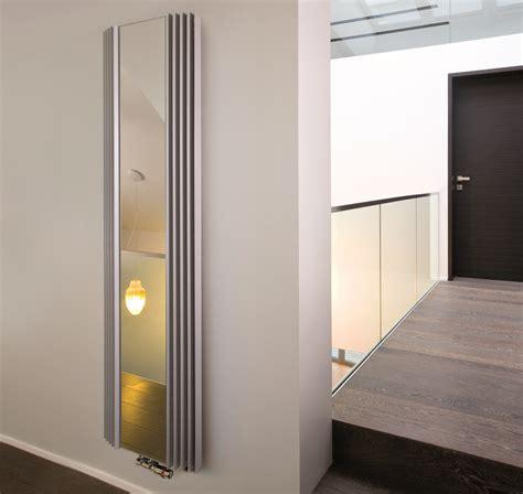 bad design heizung design heizk 246 rper mit spiegelfront f 252 r garderobe badezimmer