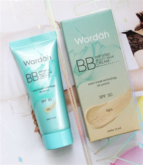 Dan Fungsi Bb Wardah vani sagita review wardah everyday lightening bb
