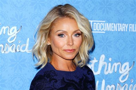 kelly ripa news blogs and latest updates abc news kelly ripa reportedly received a personal apology from abc