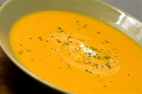 carrot and ginger soup carrot soup with ginger wizardrecipes
