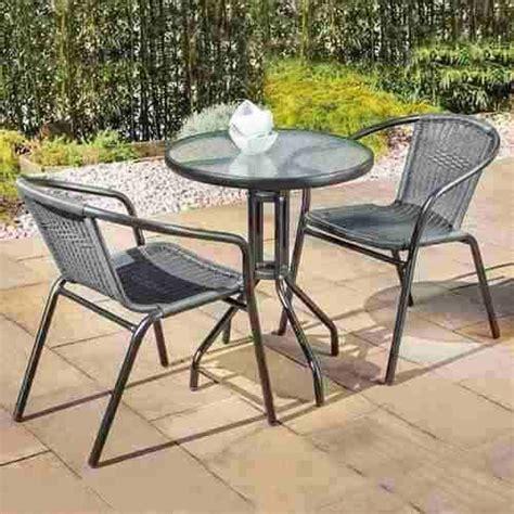 set de patio 17 mejores im 225 genes sobre mesas y sillas de patio jard 237 n