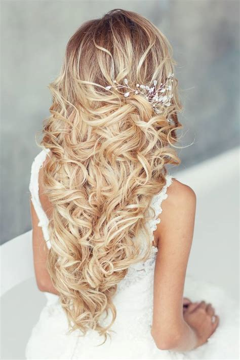 Wedding Hairstyles That Are by Wedding Hairstyles That Are Right On Trend Modwedding