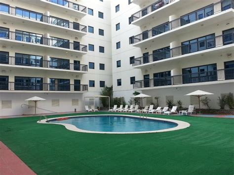 pool picture of golden sands hotel apartments dubai