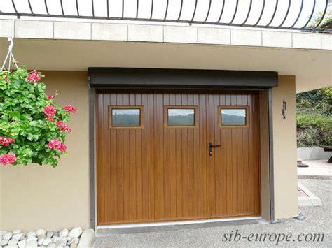 porte garage pvc portes de garage sectionnelles laterales et battantes