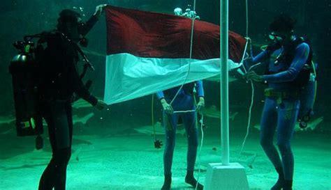 Lu Akuarium Dalam Air 3 upacara 17 agustusan unik yang kudu dicoba lets escape