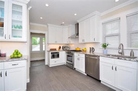 Kitchen With White Cabinets by White Shaker Kitchen Cabinets 187 Alba Kitchen Design Center