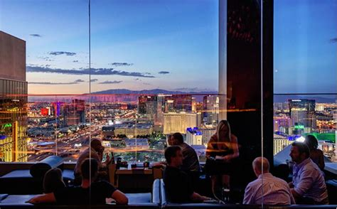 bar on top of mandalay bay las vegas mix lounge bar at the top of thehotel at