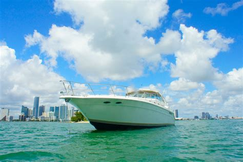 party boat rental miami fl miami boat rental sailo miami fl sea ray boat 747