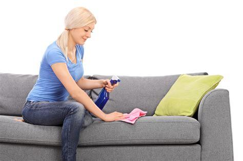 wasserflecken sofa wasserflecken sofa entfernen 187 so geht s