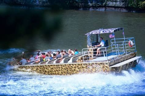 wild thing jet boat wisconsin dells wt1 from wild thing jet boat tours in wisconsin dells wi
