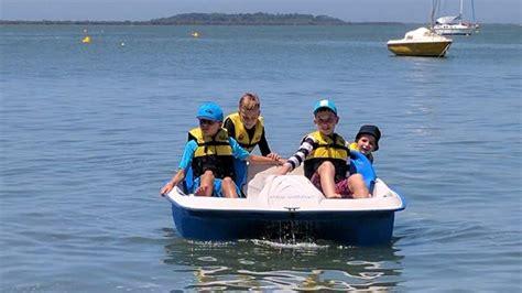 pedal boat brisbane coochie boat hire visit brisbane