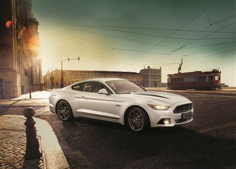 ihs markit names ford mustang    selling sports