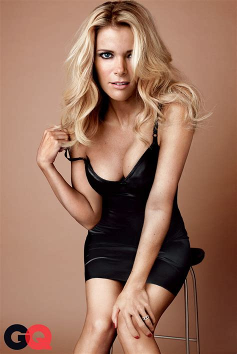 topoveralls megyn kelly photos