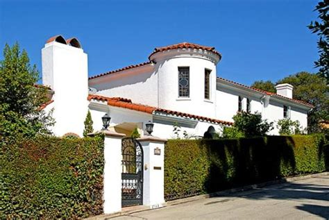 real estate beat colonial revival style los feliz