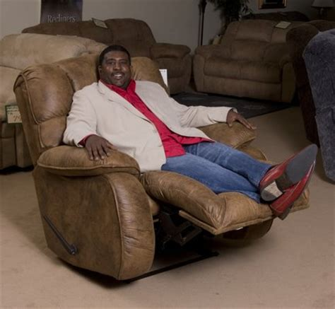 man reclining the best big man recliners perfect for tall people best