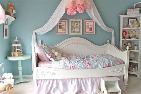 paris shabby chic bedroom 47 best polka dots classroom theme images on pinterest