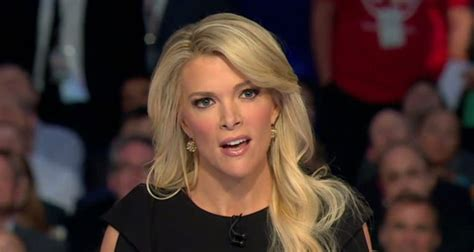 megyn kelly long hair 11 smoking hot fox news women buyingstocksonline