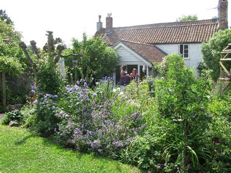 in an country garden picture of york cottage - Garden Cottage York