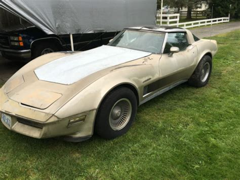 1982 collector edition parting out for sale corvette