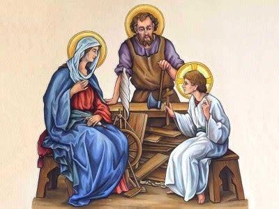 Patung Keluarga Yesus inspirasi hidup beriman membangun spiritualitas keluarga