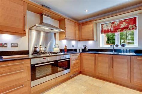gabinetes de madera  cocinas