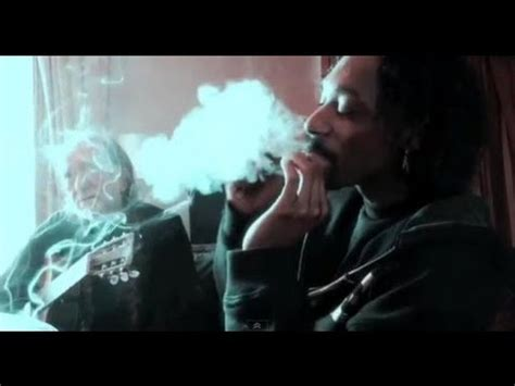 willie nelson smoking pot snoop dogg explains playing dominos smoking weed with